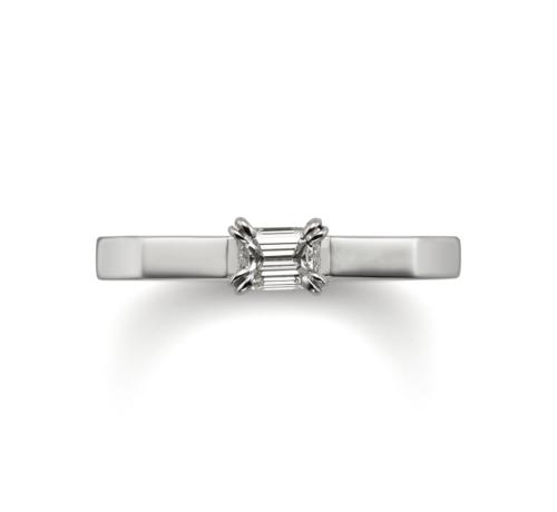 ORECCHIOオレッキオの婚約指輪でサファリコレクションのLF1701