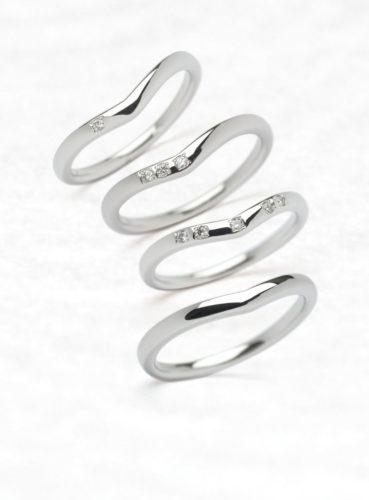ひなの結婚指輪で十二単のV字イメージ