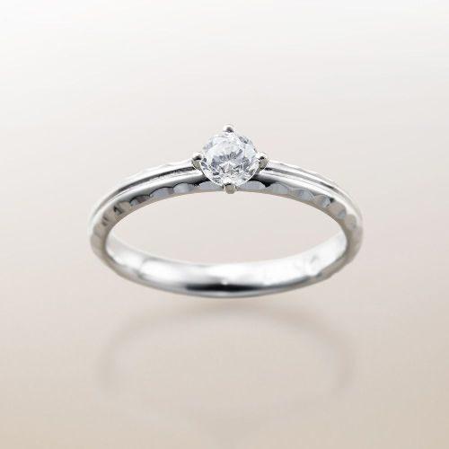 ハワイアンジュエリーのMakanaマカナの婚約指輪でME-5のプラチナ