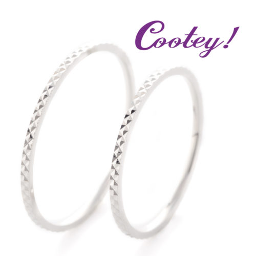 クーティの結婚指輪でスパークル
