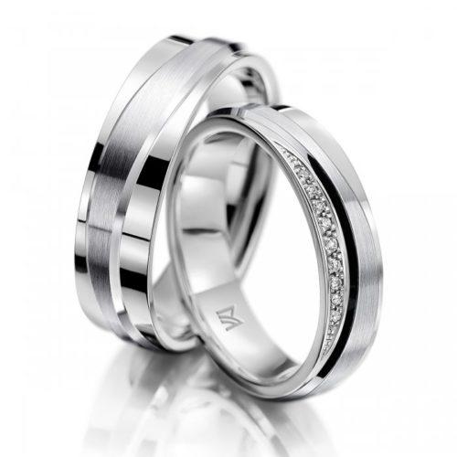 マイスターの結婚指輪で129と130シリーズ