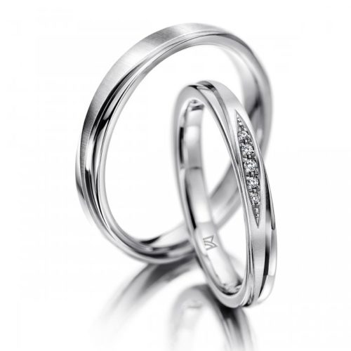 マイスターの結婚指輪で132と133シリーズ