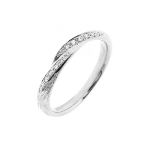 リナモアの結婚指輪で014