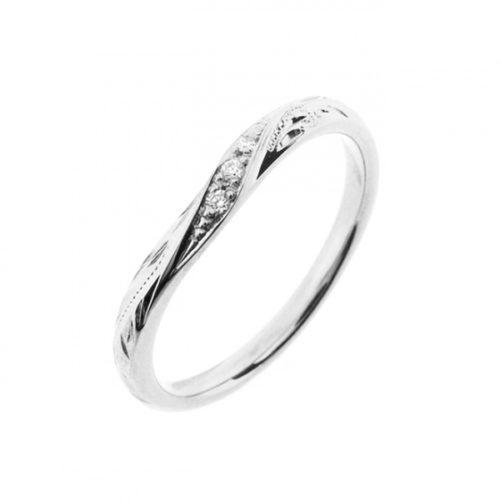 リナモアの結婚指輪で015