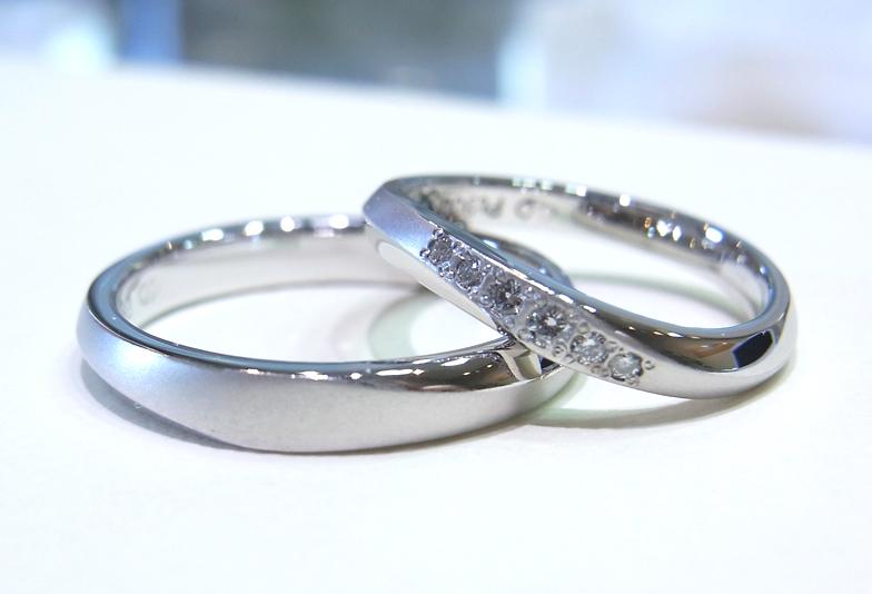 結婚指輪にダイヤモンドを追加する
