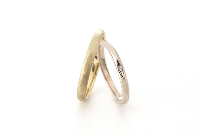 バウムのゴールド素材の結婚指輪