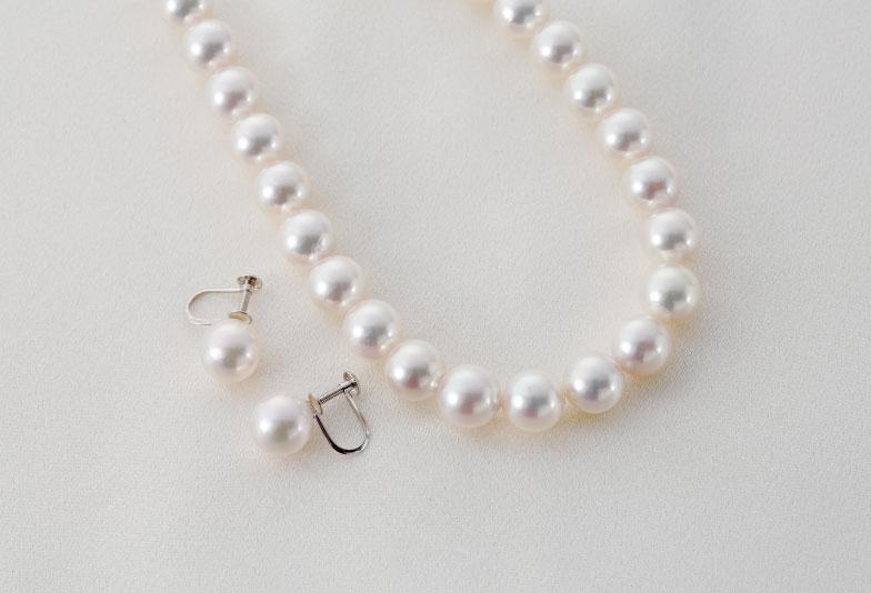 【神戸元町】婚約指輪や結婚指輪と一緒に真珠ネックレスを用意する事が多い理由とは