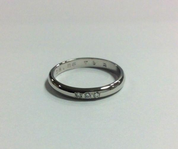 ダイヤつき手作り結婚指輪