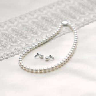 泉州の真珠ネックレス