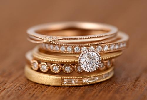 ラうボンド 指輪