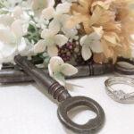 【静岡市】結婚指輪でコンプレックス解消!おすすめはV字デザイン