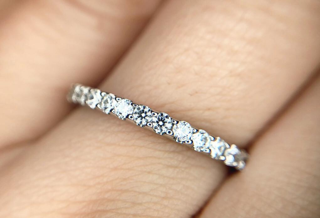結婚指輪 エタニティリング 爪留め