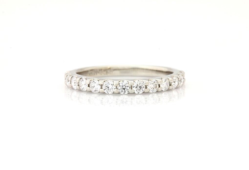 結婚指輪 ハーフエタニティリング 後悔