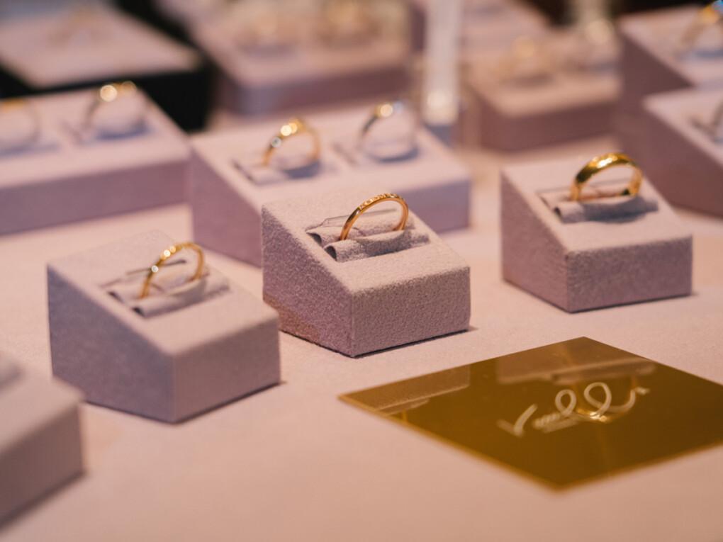 広島市、福山市、東広島市、三原市、尾道市で初めて婚約指輪と結婚指輪を探すなら中国エリア最大級のセレクトジュエリーショップヴァニラに来店予約をして来店しよう