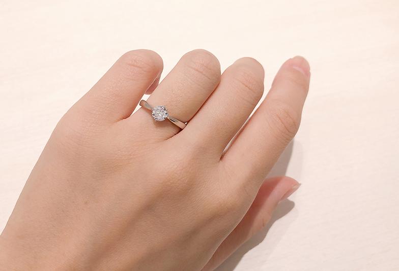 大きめのダイヤモンド婚約指輪