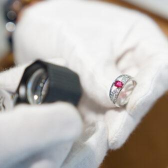 婚約指輪をジュエリーリフォームしてプロポーズリングをオーダーできる素敵なお店が梅田にありました